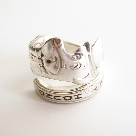Vintage Accessories: Spoon Ring『No.003:Huckleberry Hound』