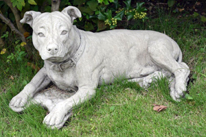 garden ornaments, dogs