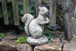garden ornaments, Wildlife
