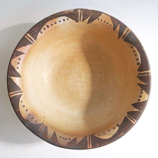ヴィンテージアイテム:ネイティブアメリカンの陶器のボウル