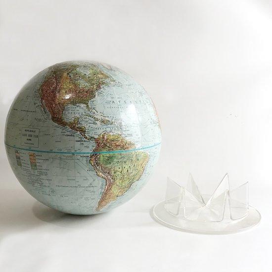 地球とベースが独立したセパレートタイプ