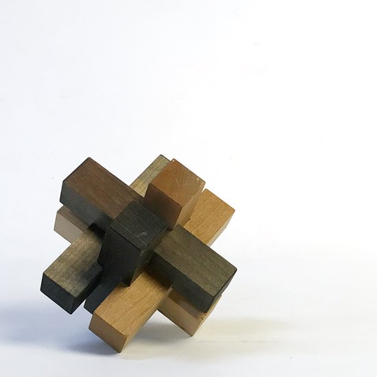 山中組木工房 : 色付き6型組木 / 山中成夫