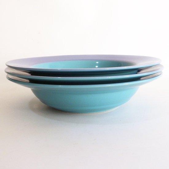 ポストモダンの影響がうかがえる、1980年代に作られていた日本製の食器のボウル