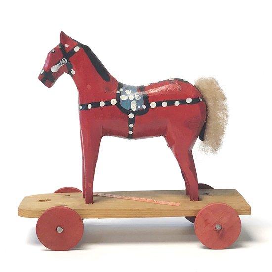 ポーランドで作られた古い馬の玩具