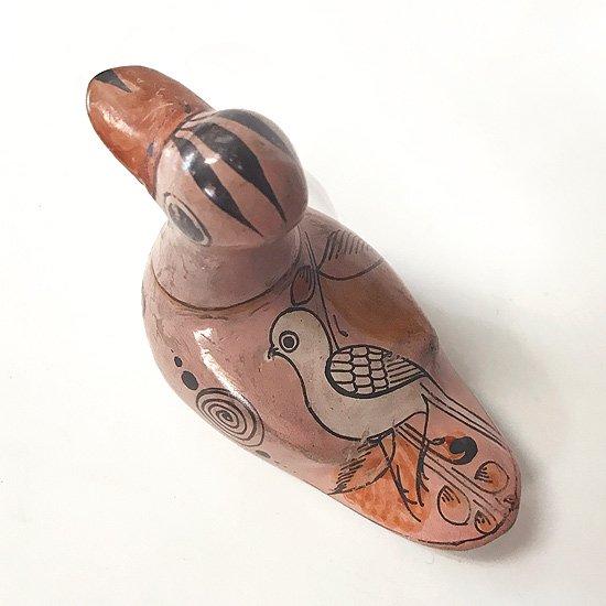 メキシコのトナラで作られた古い陶器の鳥のオブジェ