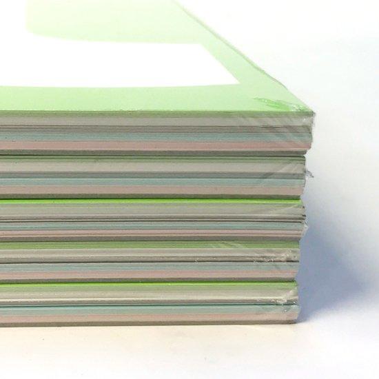 各色5枚ずつ、計25枚セットでシュリンク包装がされています