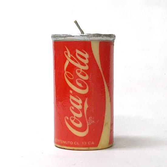 コカ・コーラのパッケージがモチーフとなった古いキャンドル