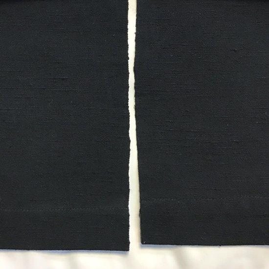 山内染色工房: のれん『M』/ 黒 x 緑