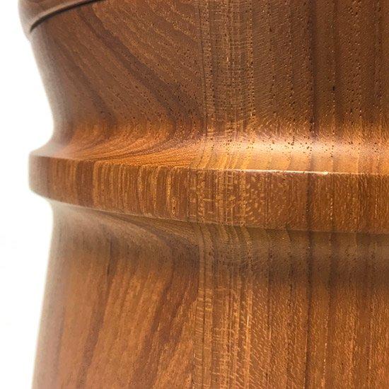 日本の桶を思わせるデザインが特徴的なデンマーク製の古いアイスバケツ