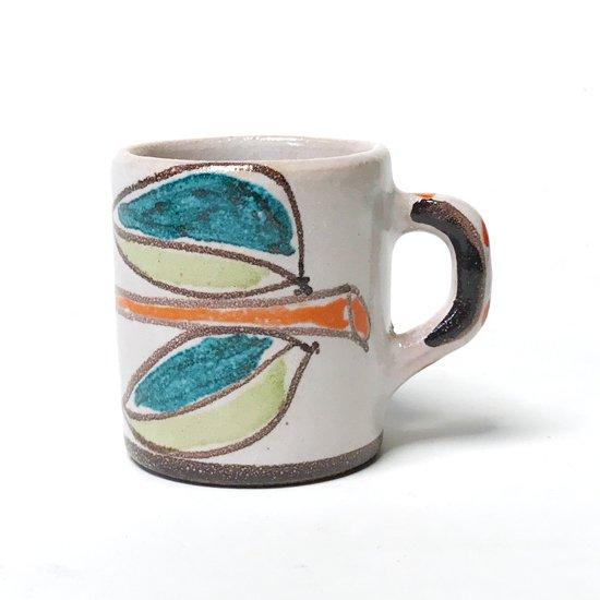 シチリアにある陶器工房 デシモーネ の小さなカップ
