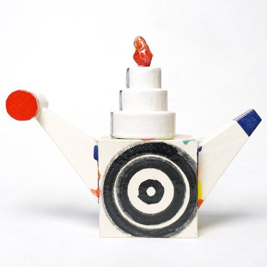 Echo Park Pottery: Sculpture T-Pot Polka Dots