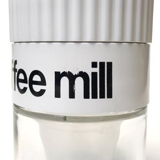 1980年代アメリカ製の当時の流行が反映されたデザインのコーヒーミル