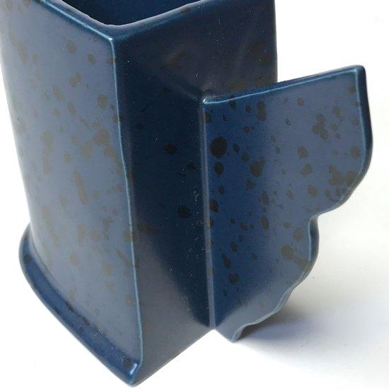 1980年代に輸出用として日本で生産されていた、セラミック製のマグカップ