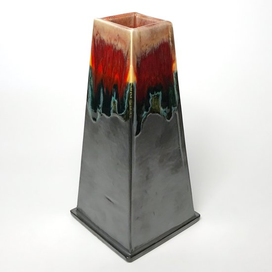 ピーター・シャイヤーらしい、配色と釉薬のコンビネーション