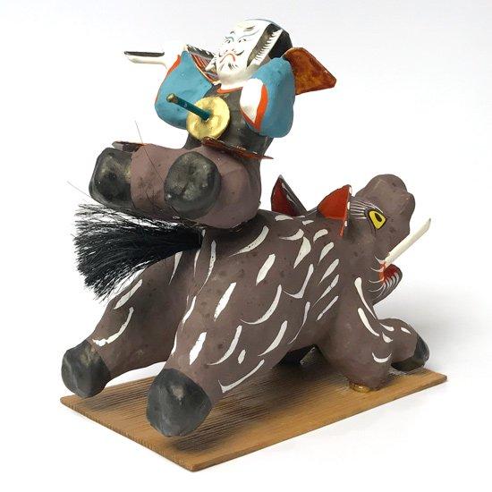 福島の郷土玩具。大猪を狩る仁田四郎忠常がモチーフの古い三春張子