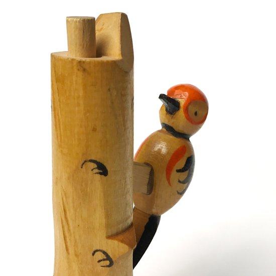 ソ連で作られた古い木製のおもちゃ