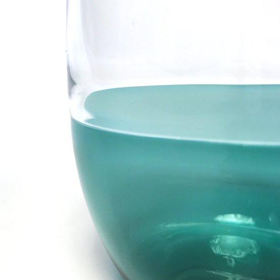 異なる色ガラスをつなぐ高度な技法「インカルモ」