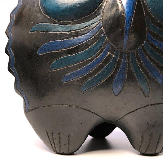 メキシコの陶器の有名な街トナラで1980年代に作られたフクロウがモチーフの陶器のオブジェ