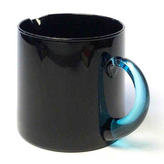 佐々木ガラス が1980年代に製造していた、イタリアンデザインを意識したシリーズのピッチャー