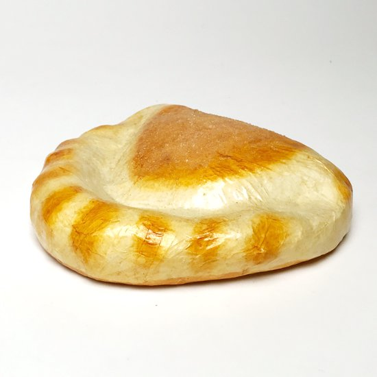 メキシコの古いパンの張り子:「B」