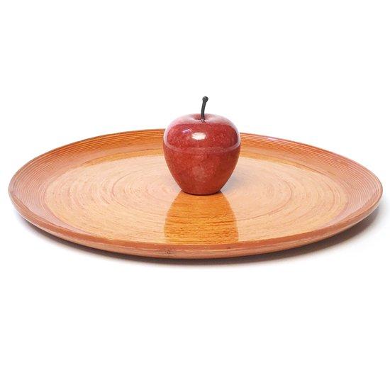 高さ約9cmのリンゴと