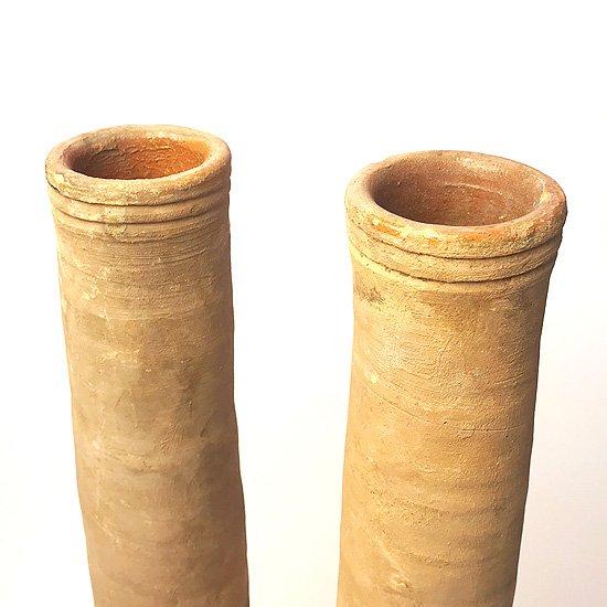ヨーロッパの陶器 : 素焼きのロングベース
