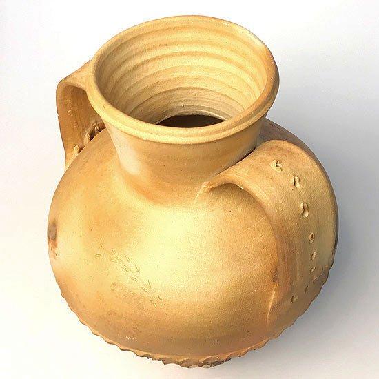 ヨーロッパの陶器 : 素焼きのアンフォラ