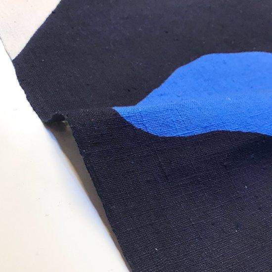 山内染色工房: のれん『富士山』/ 雲1つ