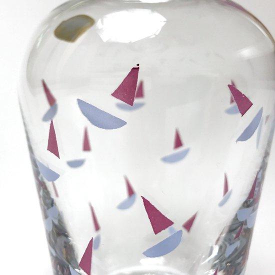 佐々木ガラス が1980年代に製造していた、イタリアンデザインを意識したシリーズのデカンタ