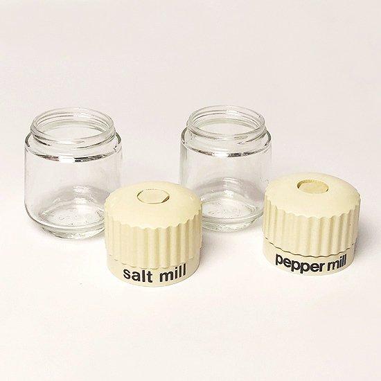 1980年代アメリカ製の当時の流行が反映されたデザインのソルトミルとペッパーミル