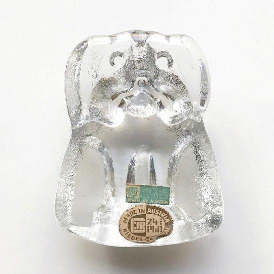 1965年にスウェーデンのデザイナー Lars Hellsten がデザインをしたクリスタルガラスのペーパーウェイト