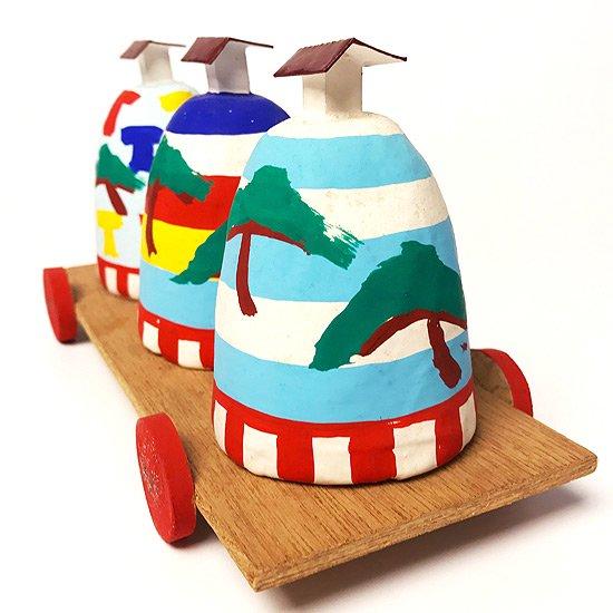 兵庫県の郷土玩具、姫路張子の中でも珍しい 三ツ山