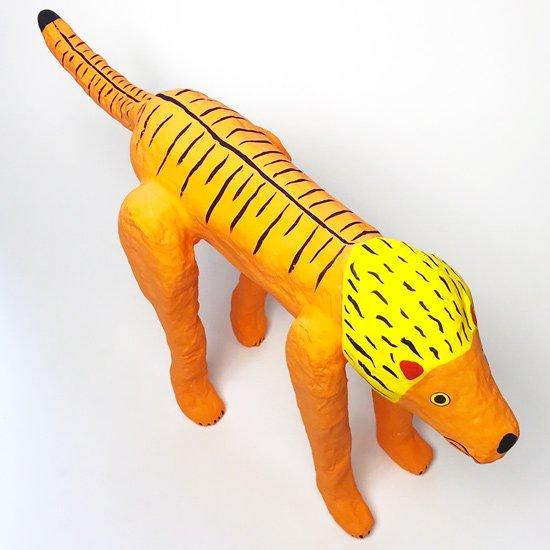 張子作手「寿印」による張子作品「ラージライオン」