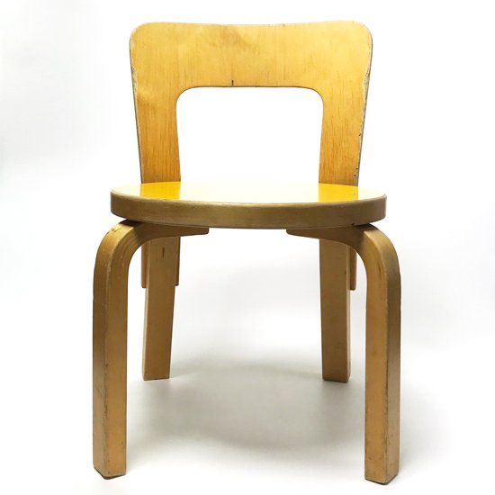 ヴィンテージ家具:アルヴァ・アアルトデザインのキッズチェアー