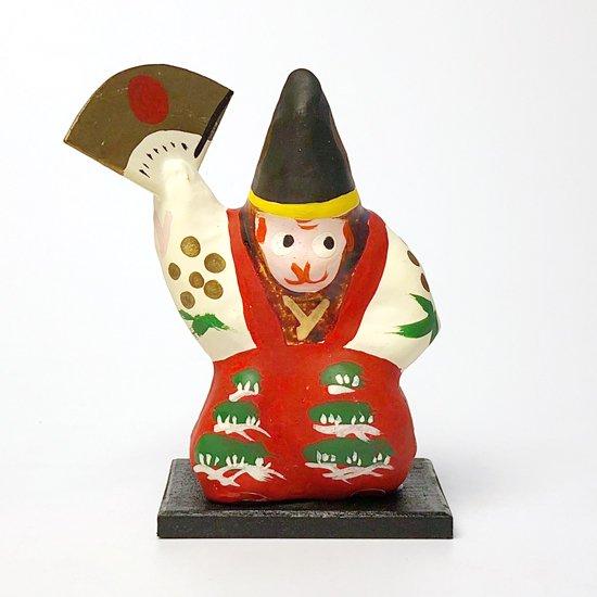福島県の郷土玩具、三番叟の衣装を着た猿がモチーフの三春張子
