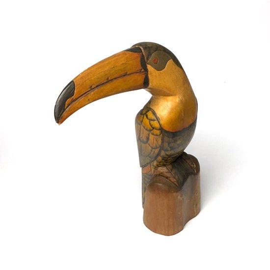 エクアドルで1980年代に作られた大きな木彫りの鳥