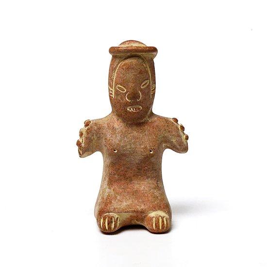 古代メキシコの文化が栄えていた地域でスーベニアとして作られた陶器のフィギュア