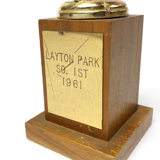 1960年代アメリカ製の野球大会のトロフィー
