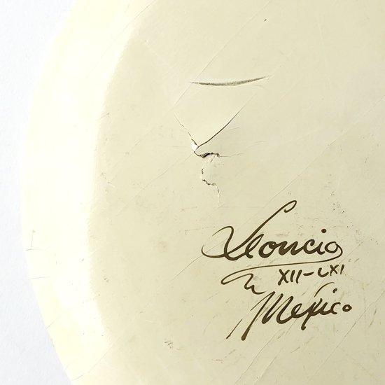 アーティストのサイン「Leoncio XII-LXI Mexico」(XII-LXI = 1961年12月)