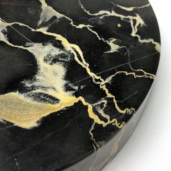 イタリアの大理石ポルトロを削り出して作られた表情の良いトレー