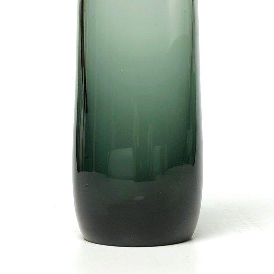 ドイツの WMF で Wilhelm Wagenfeld が1950年代にデザインをしたガラスのベース