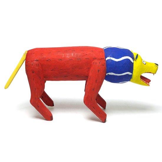 メキシコのオアハカを代表するフォークアート ウッドカービング の少し古い作品