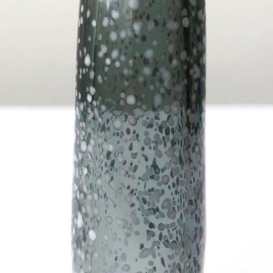 まだら模様に加工されたガラス