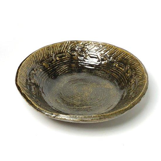 陶芸家 武内晴二郎 による灰釉緑押紋手鉢