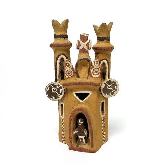 11980年代ペルーで製作された陶器の教会のオブジェ