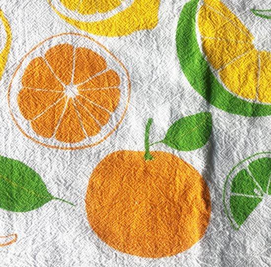 柑橘系のフルーツが爽やかな色彩で描かれたイラスト
