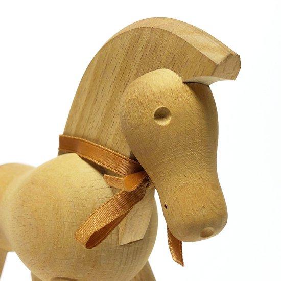 カイ・ボイスンが1935年にデザインをした木製のおもちゃ『Pony』
