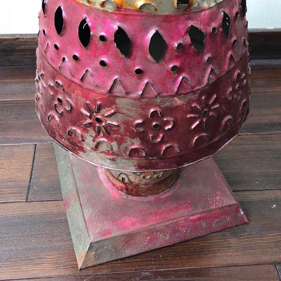 メキシコの街タスコで1970年代に作られたブリキ細工の大きなキャンドルホルダー
