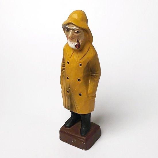 アメリカで見つけたフィッシャーマンがモチーフの古いセラミック製のフィギュア