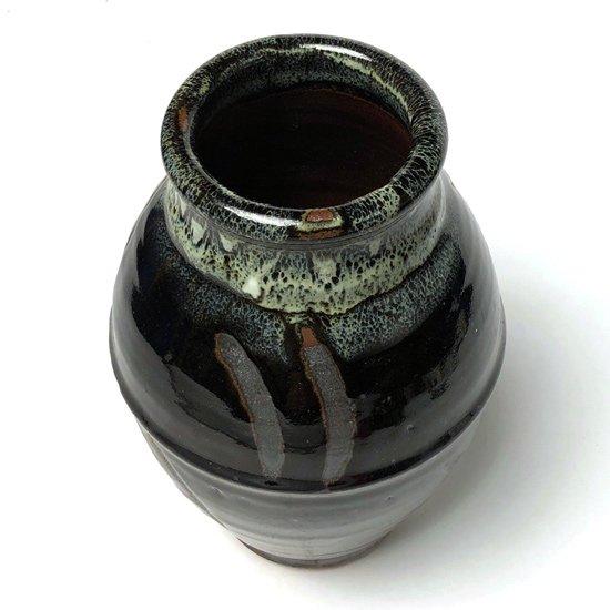 益子の個人作家による指描きの壺